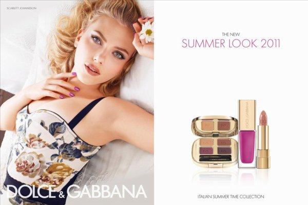 Scarlett Johansson pose pour Dolce & Gabbana.