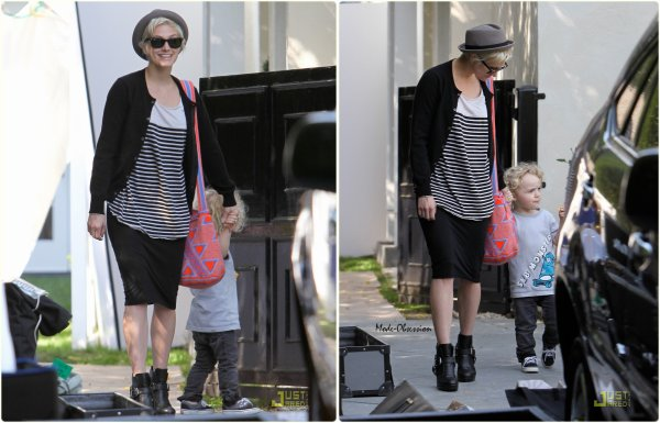 Ashlee Simpson de sortie avec son fils.