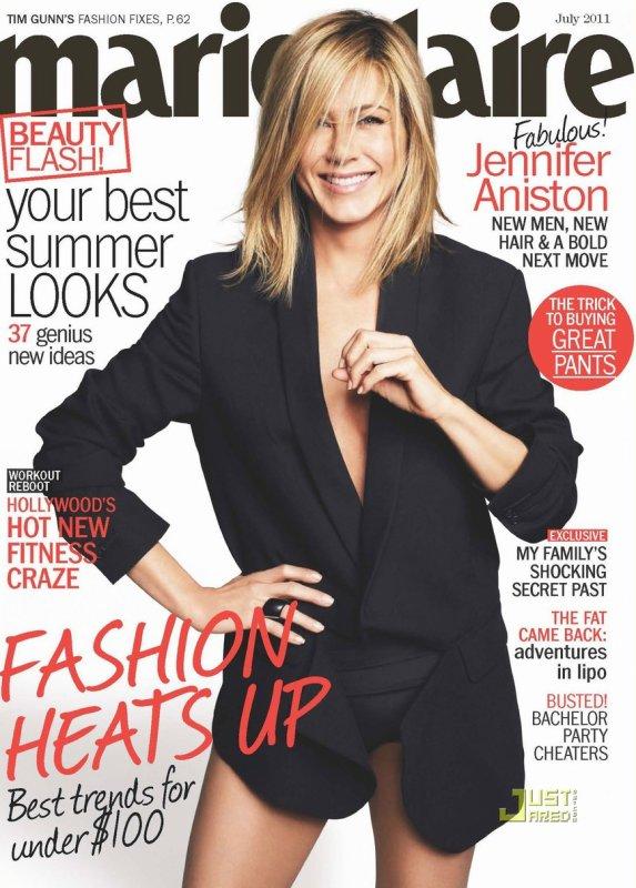 Jennifer Aniston pose pour Marie Claire.