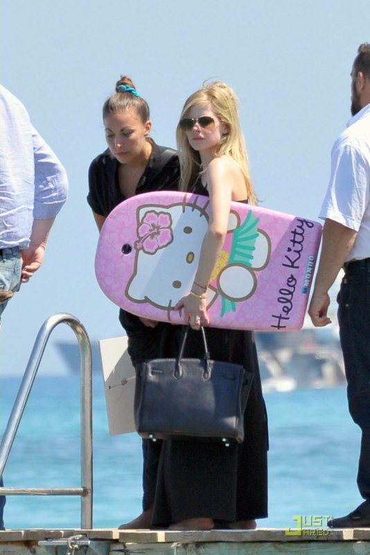 Avril Lavigne en vacances en France. St Tropez