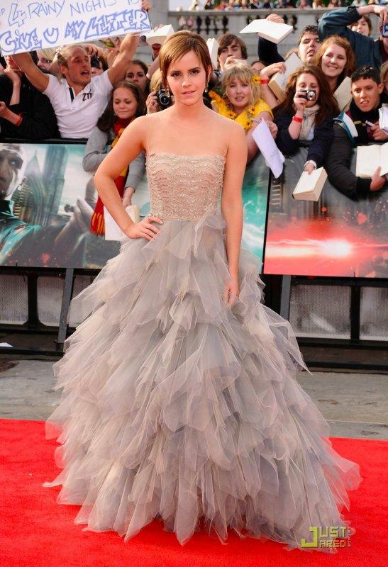 Emma Watson fait la promo du dernier Harry Potter.