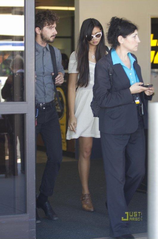 Shia Labeouf de sortie avec sa copine.