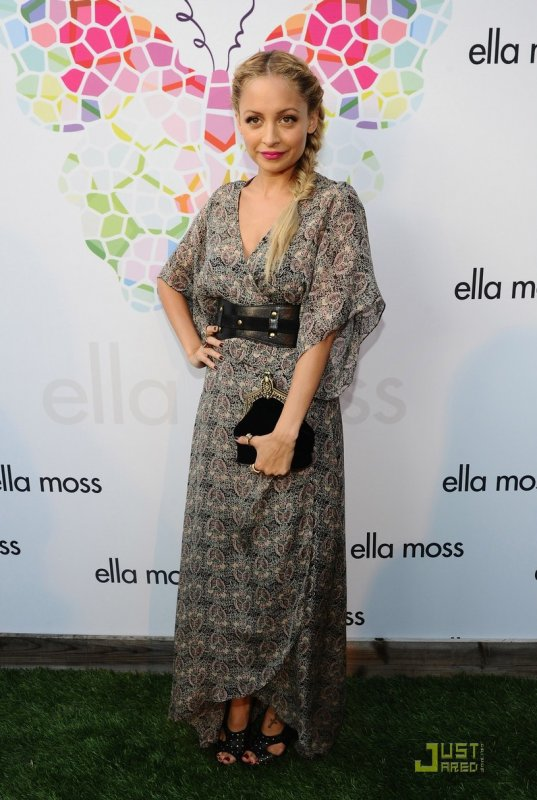 Nicole Richie à un évènement. Ella Moss 10 year anniversary celebration
