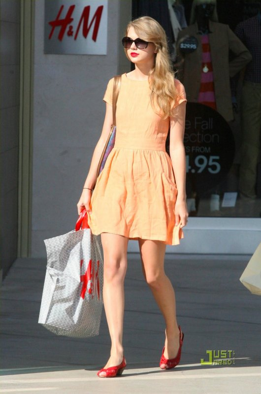 Taylor Swift fait du shopping. Californie