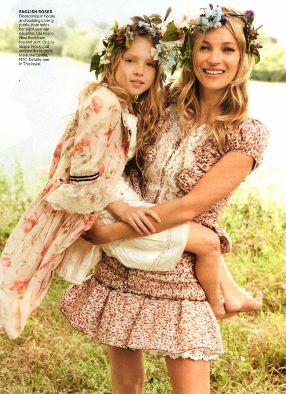 Des nouvelles photos du mariage de Kate Moss et Jamie Hince parues dans Vogue.