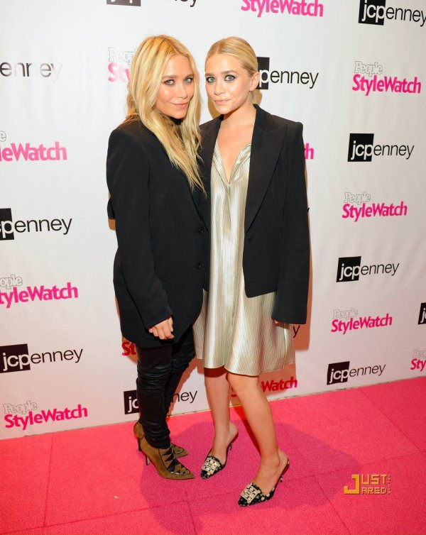 "Les soeurs Olsen à un évènement à New York. JCPenney and People StyleWatch's ""Miss for a Must"" event"