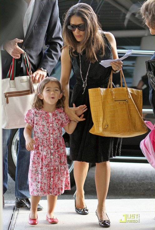 Salma Hayek de sortie avec sa fille.