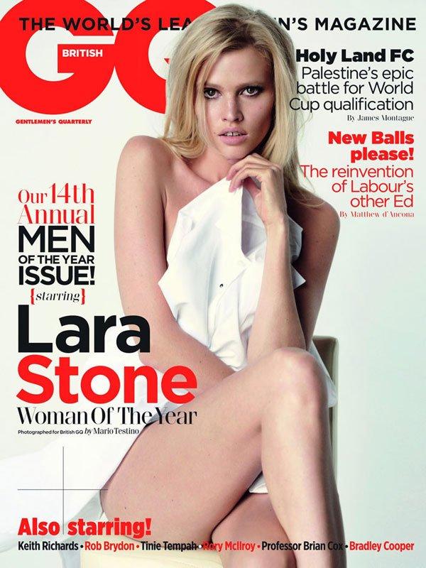 Lara Stone pose pour GQ.