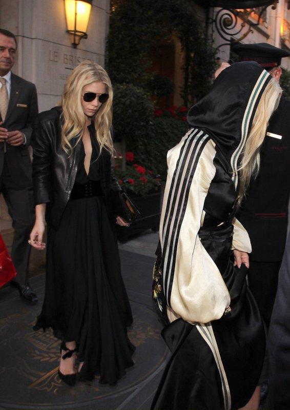 Les soeurs Olsen de sortie. Paris