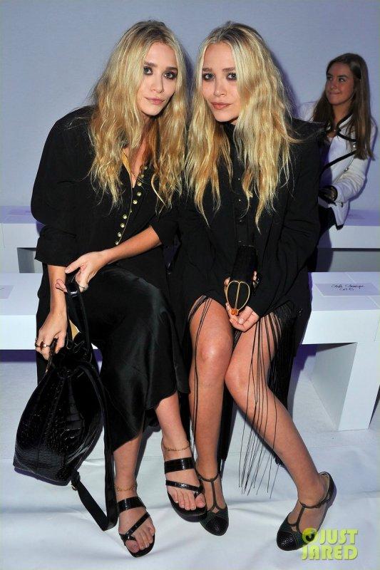 Les soeurs Olsen au défilé de Kanye West. Fashion Week de Paris