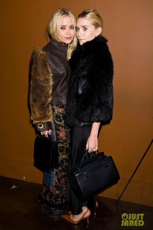 Les soeurs Olsen à un festival. New York