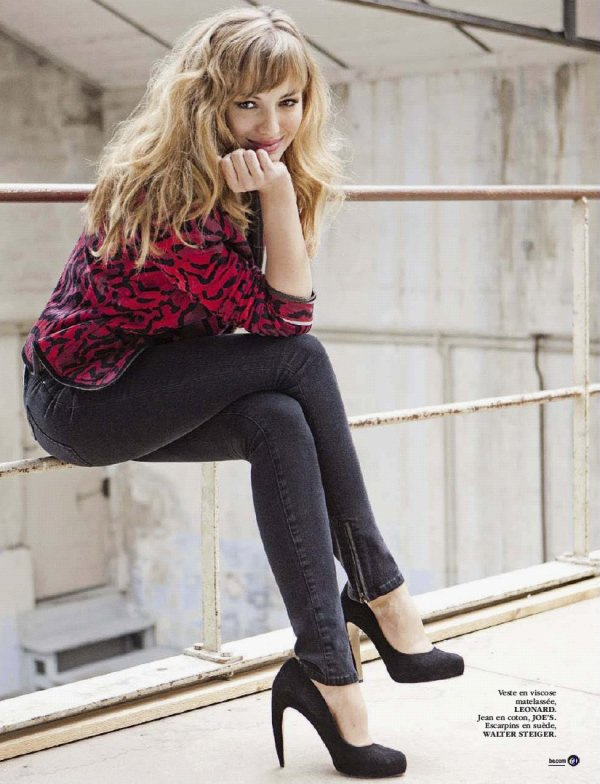 Louise Bourgoin pose pour Be.