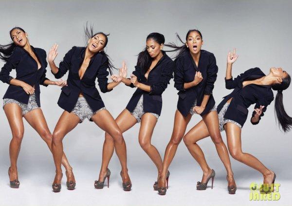Nicole Scherzinger pose pour Vegas Magazine.