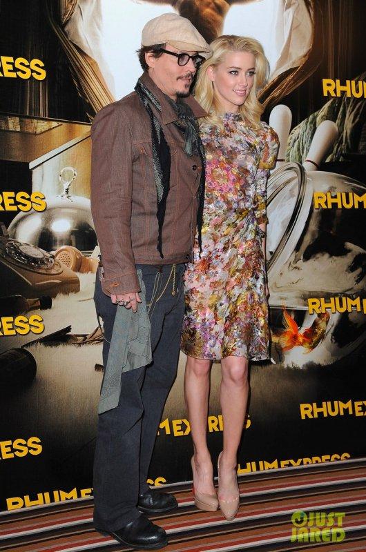 Johnny Depp et Amber Heard font la promo du film Rhum Diary.