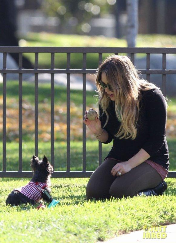 Hilary Duff au parc. Los Angeles
