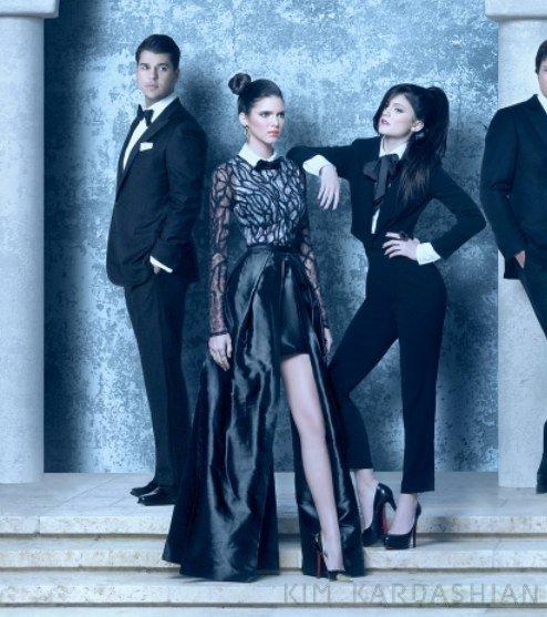 La photo de famille des Kardashian pour Noël.