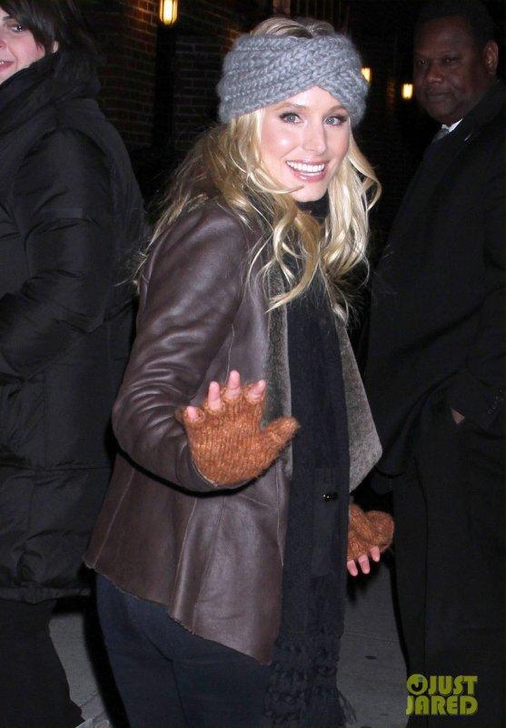 Kristen Bell quitte un plateau télé. New York