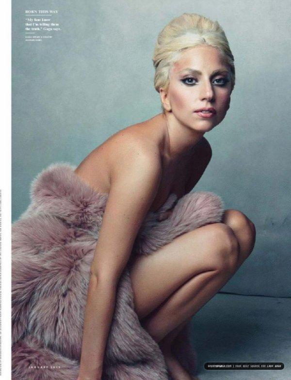 Lady Gaga pose pour Vanity Fair.