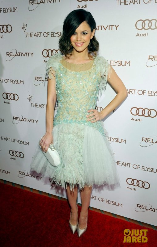 "Rachel Bilson à un évènement à Los Angeles. The Art of Elysium's 5th Annual black Tie ""Heaven"" Charity Gala"
