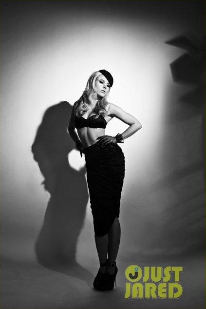 Kristen Bell pose pour Flaunt.