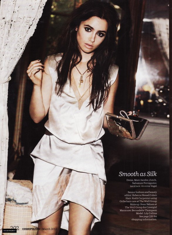 Lily Collins pose pour Cosmopolitan.