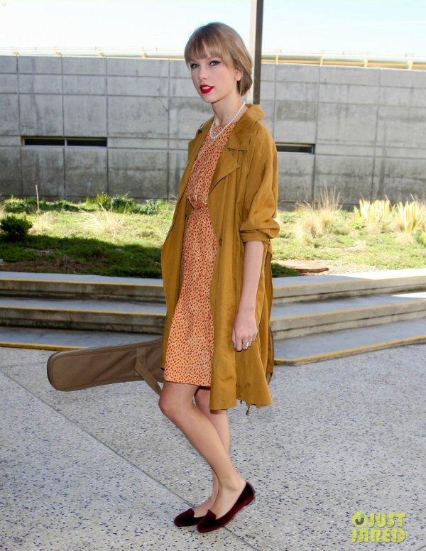 Taylor Swift à l'aéroport LAX. Los Angeles