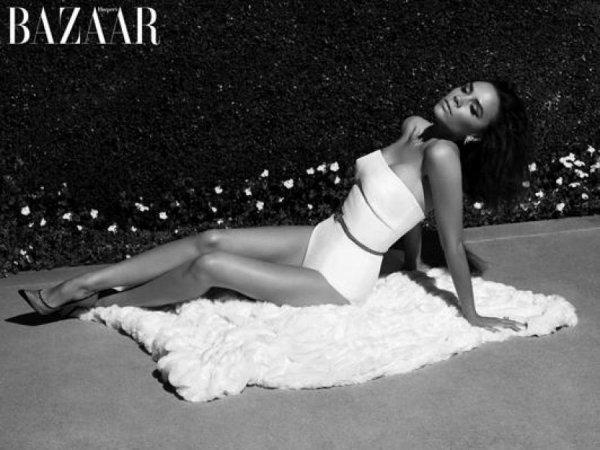 Victoria Beckham pose pour Harper's Bazaar.