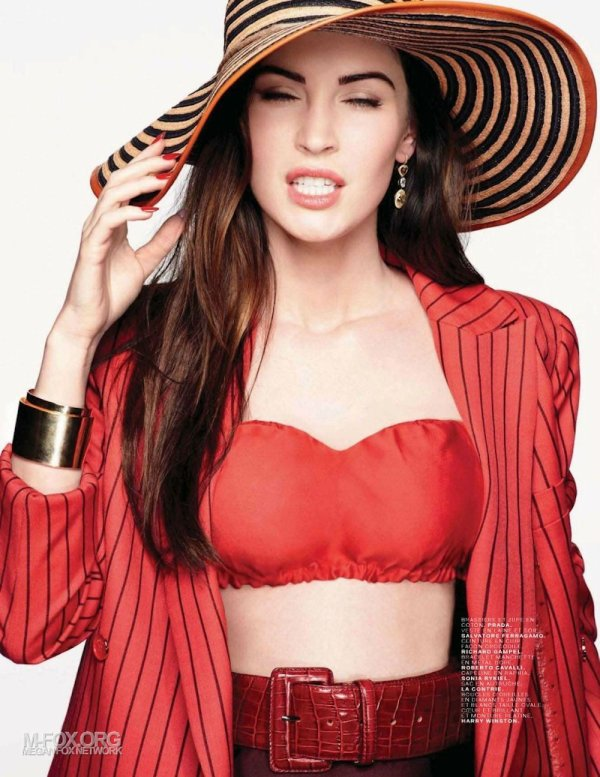 Megan Fox pose pour Jalouse.