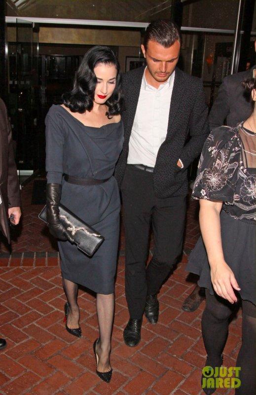 Dita Von Teese et Kelly Osbourne de sortie. Los Angeles