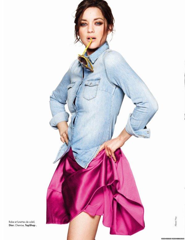 Marion Cotillard pose pour ELLE.