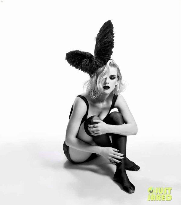 Alice Eve pose pour le magasine Flaunt.