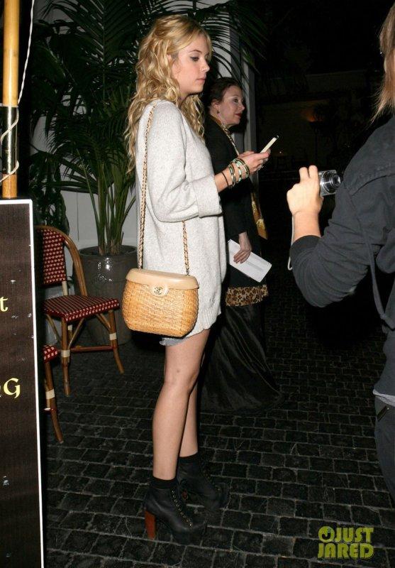 Ashley Benson de sortie au Chateau Marmont. West Hollywood