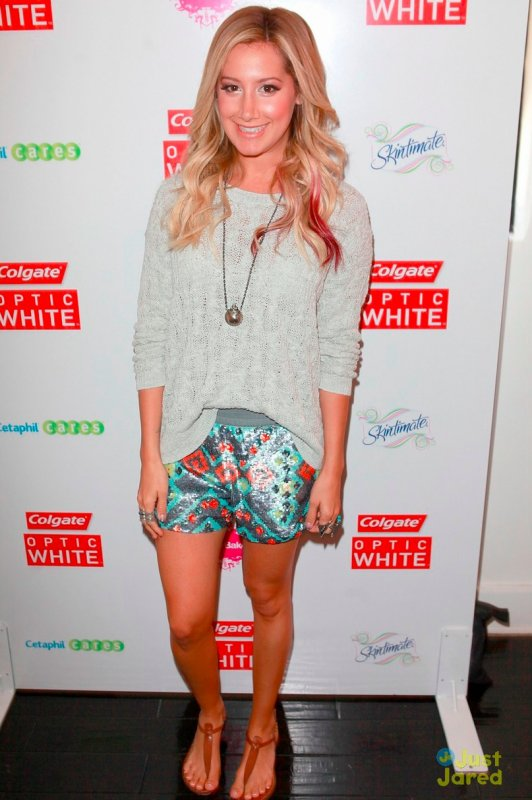 Ashley Tisdale à des évènements.