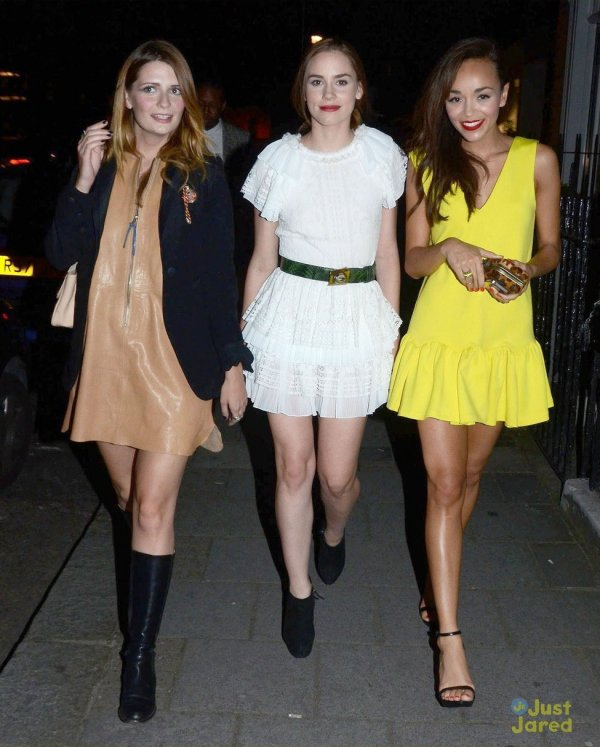 Mischa Barton et Ashley Madekwe de sortie entre amies.