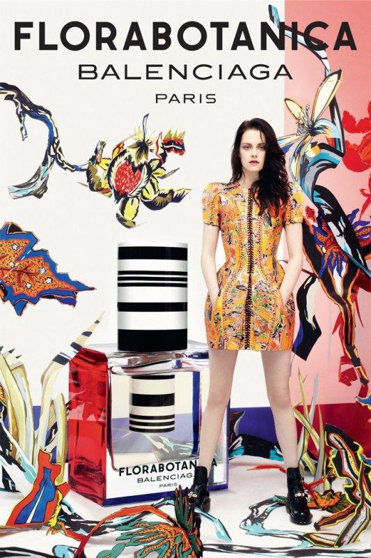 Kristen Stewart pose pour Balenciaga Parfum Florabotanica