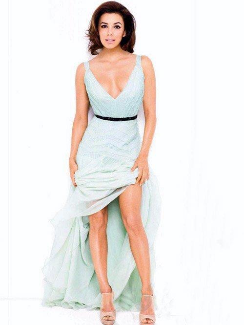 Eva Longoria pose pour Glamour.