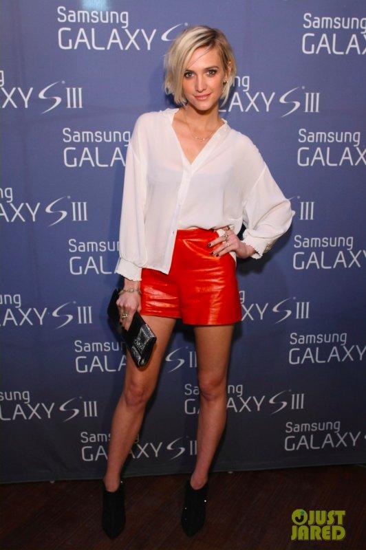 Ashlee Simpson à un évènement à New York. Samsung Galaxy S III Celebration