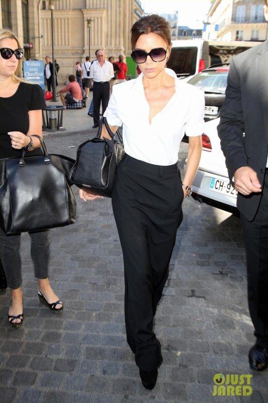 Victoria Beckham de sortie. Paris