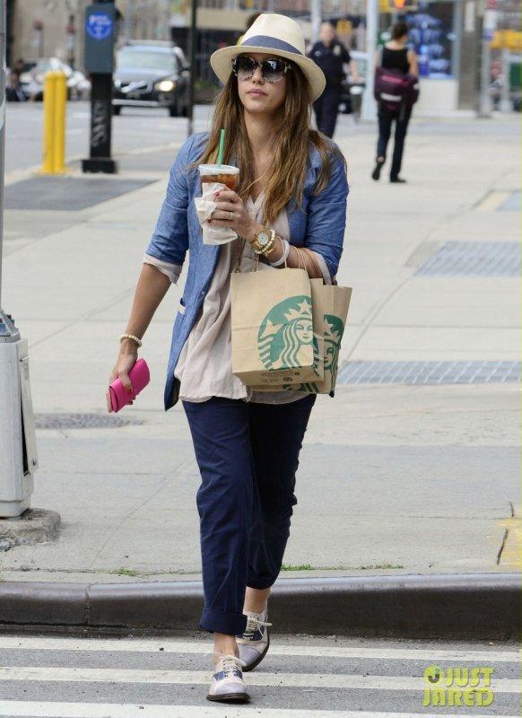 Jessica Alba de sortie.