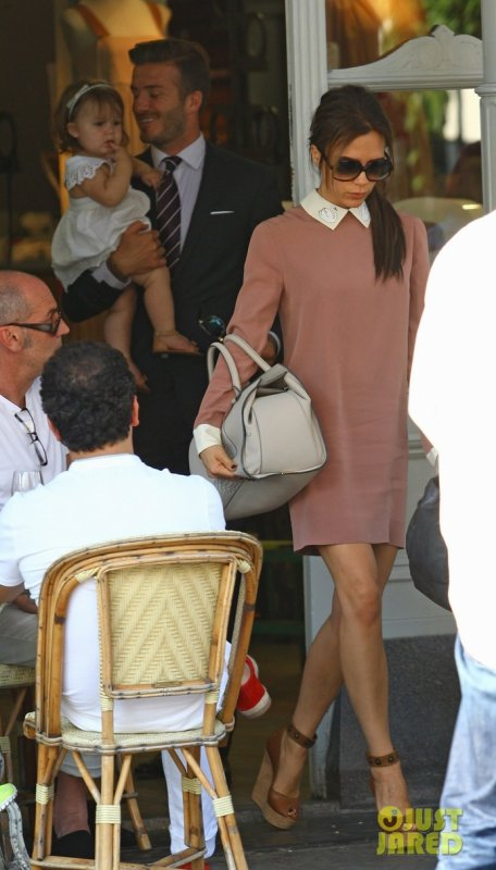 Les Beckham quittent un restaurant. Londres