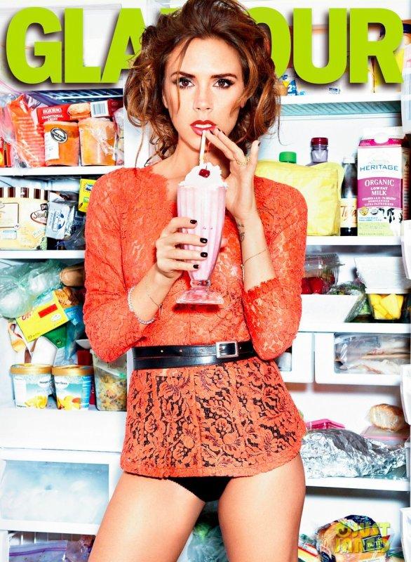 Victoria Beckham pose pour Glamour.