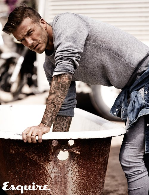 David Beckham pose pour Esquire.