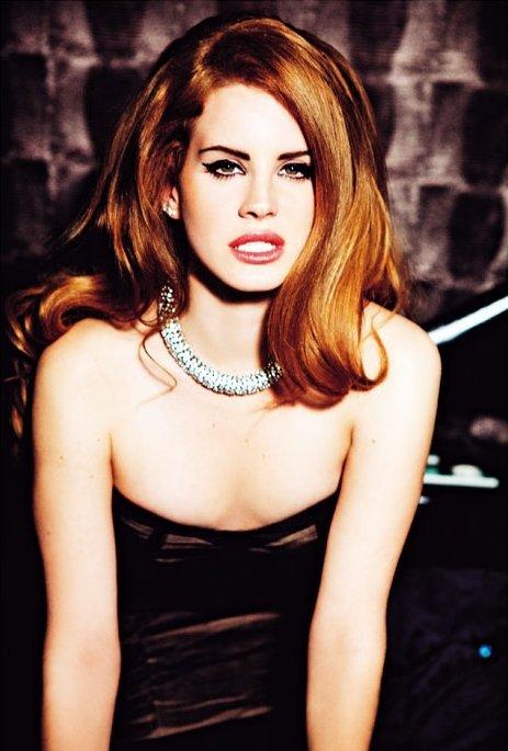 Lana Del Rey pose pour Vogue.