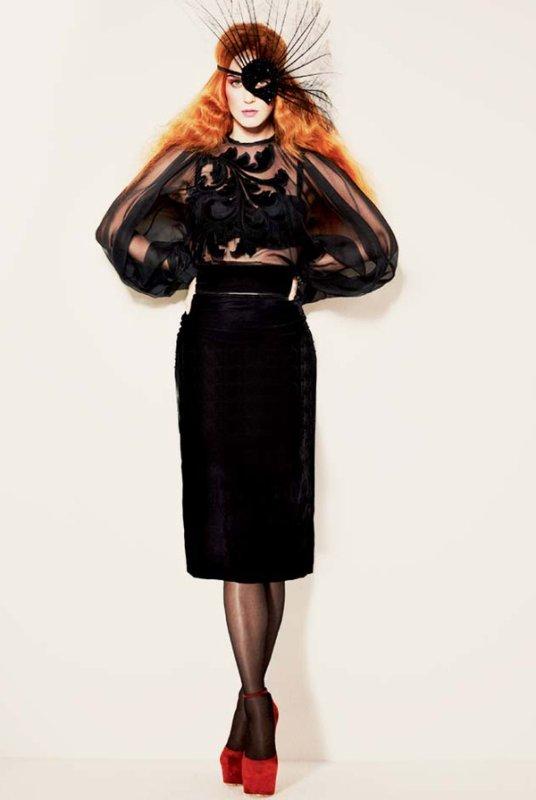 Katy Perry pose pour L'Officiel.