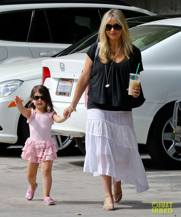 Sarah Michelle Gellar emmène sa fille à la danse. Studio City, Californie