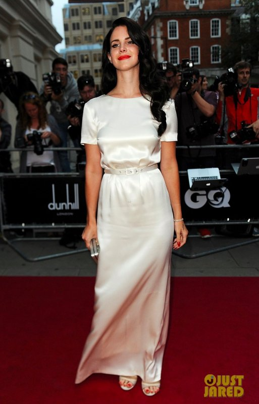 Lana Del Rey à un évènement à Londres. 2012 GQ Men of the Year Awards
