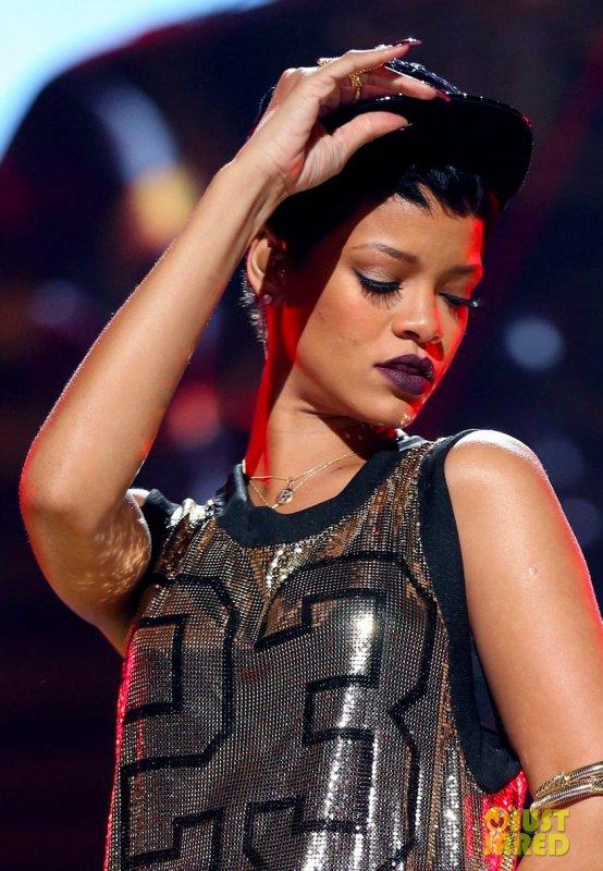 Rihanna en live à Las Vegas. 2012 iHeartRadio Music Festival