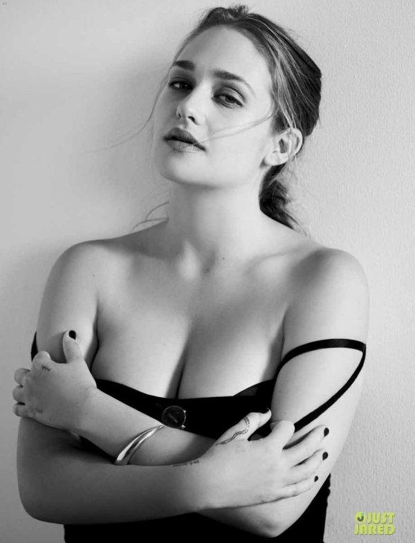 Jemima Kirke pose pour Flaunt.