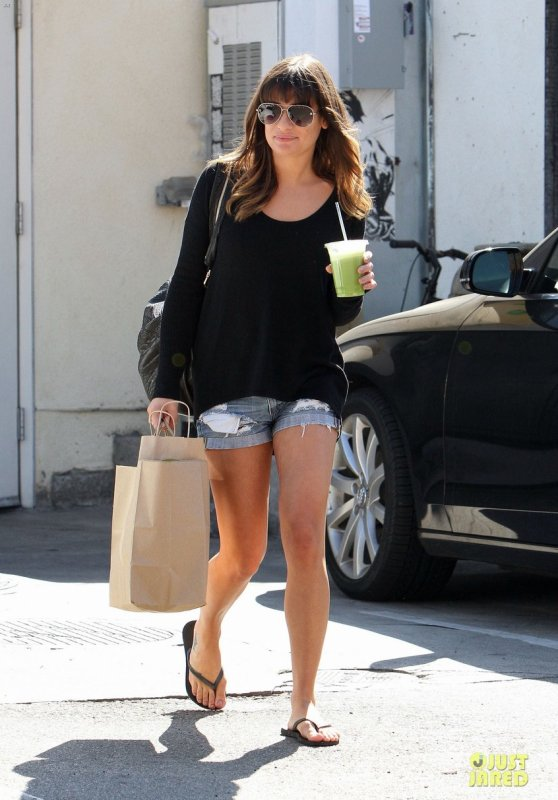 Lea Michele de sortie. West Hollywood, Californie