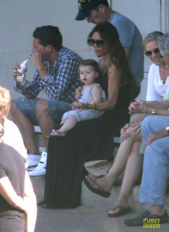 Victoria Beckham à un match de foot.